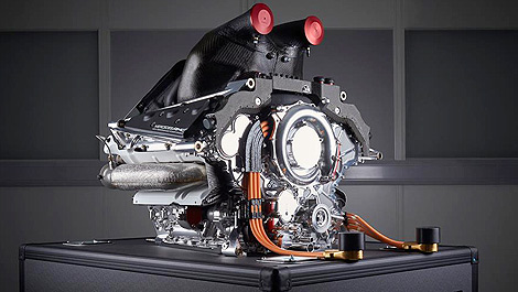 f1-engine-v6-mercedes-inline